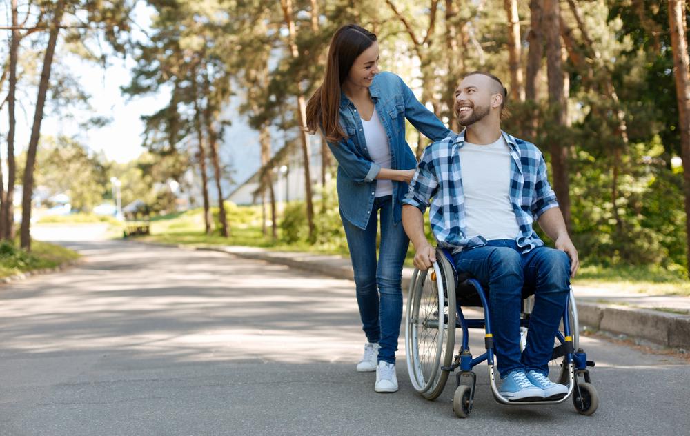 Nu sunt bani pentru ajutorul persoanelor cu handicap. Când se vor face plățile - hegymaszas.ro