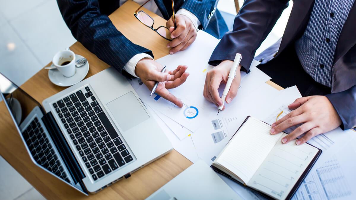 Cum faci un plan de afaceri: 9 puncte importante