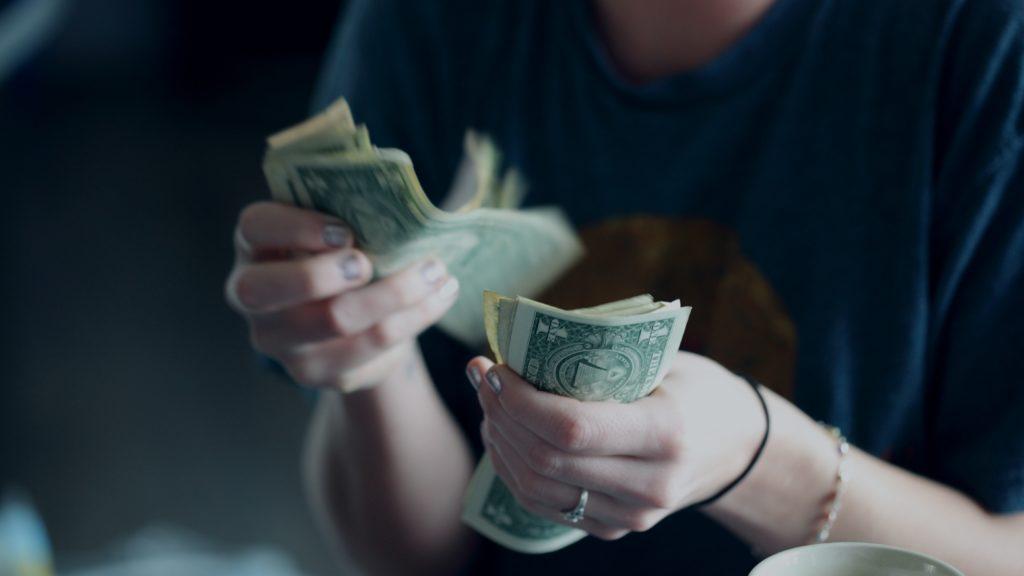 cum să te faci să câștigi mai mulți bani