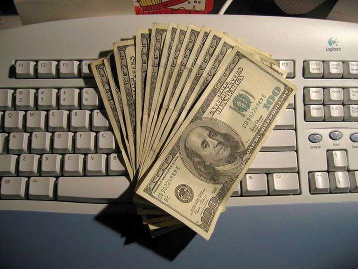 lucrați în dolari pe internet fără investiții